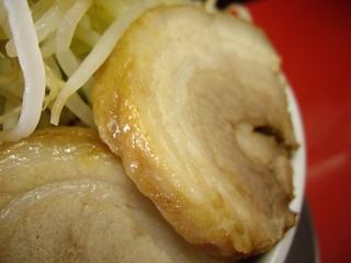 びんびん豚_ラーメン(中)+豚(豚)