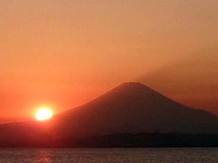 enoshimakara8566.jpg