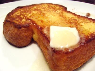 『chai break(チャイブレイク)』の自家製ブリオッシュのフレンチトースト