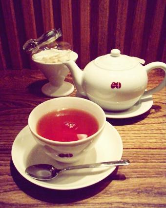 『カフェ マメヒコ』のマメヒコの紅茶