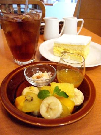 『アフタヌーンティー・ティールーム』のマンゴークリームのショートケーキ