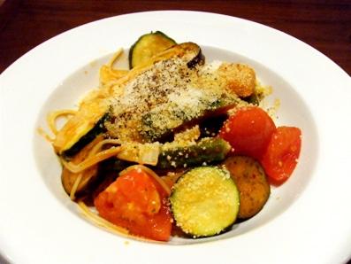 『ハーブス』の夏野菜のトマトソース