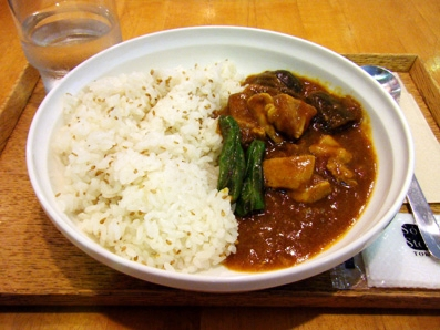 『Soup Stock Tokyo(スープストックトーキョー)』の茄子と鶏肉のスパイシーカレー