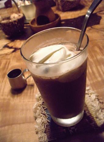 『クルミドコーヒー』のアイスココア