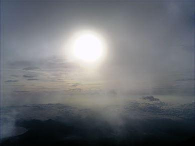 30日の富士山山頂からの日の出
