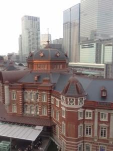 東京駅 外観 (225x300)