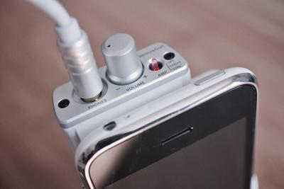 iPhone ヘッドホンアンプ