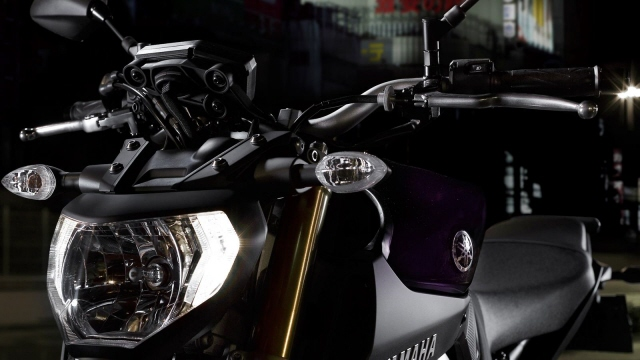 Yamaha-MT-09-EU-Deep-Armor-Detail-012web.jpg