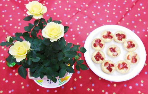 12 500 20141213 ミニ薔薇+Rの苺Tart