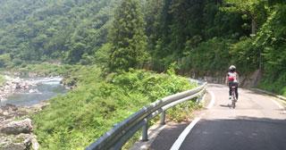長良川沿い県道2.