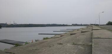 愛知池ボード桟橋