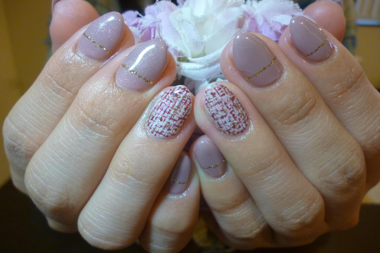 2014ネイルデザイン 紫ベージュワンカラーネイル ツイードチェック柄ネイル