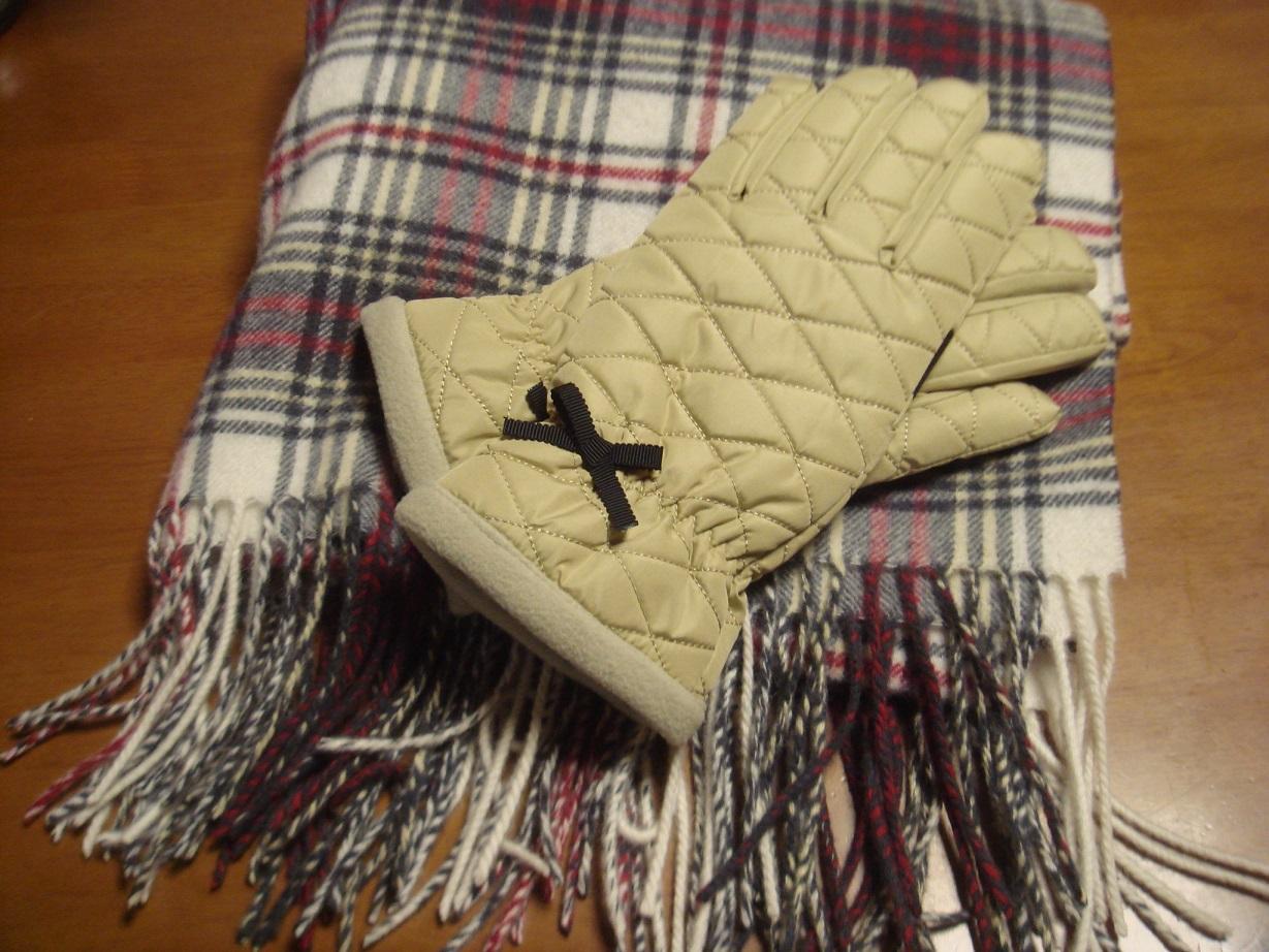 ストールと手袋