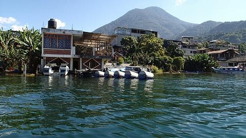 s-アティトラン湖でカヌー (6)