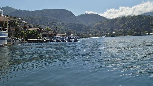 s-アティトラン湖でカヌー (9)