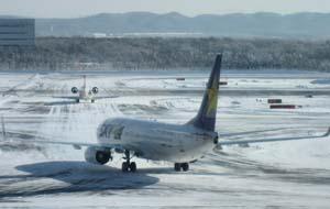 2014ランタン7 雪 空港ブログ
