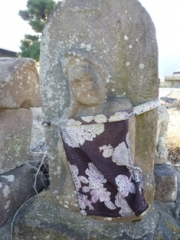 永岳寺前の如意輪観音石仏