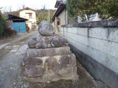 岩下地区の丸石