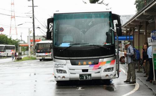 新島々駅のバス