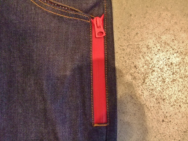 DOARAT WATERPROOF DENIM PANTS RED FTPTZIP1
