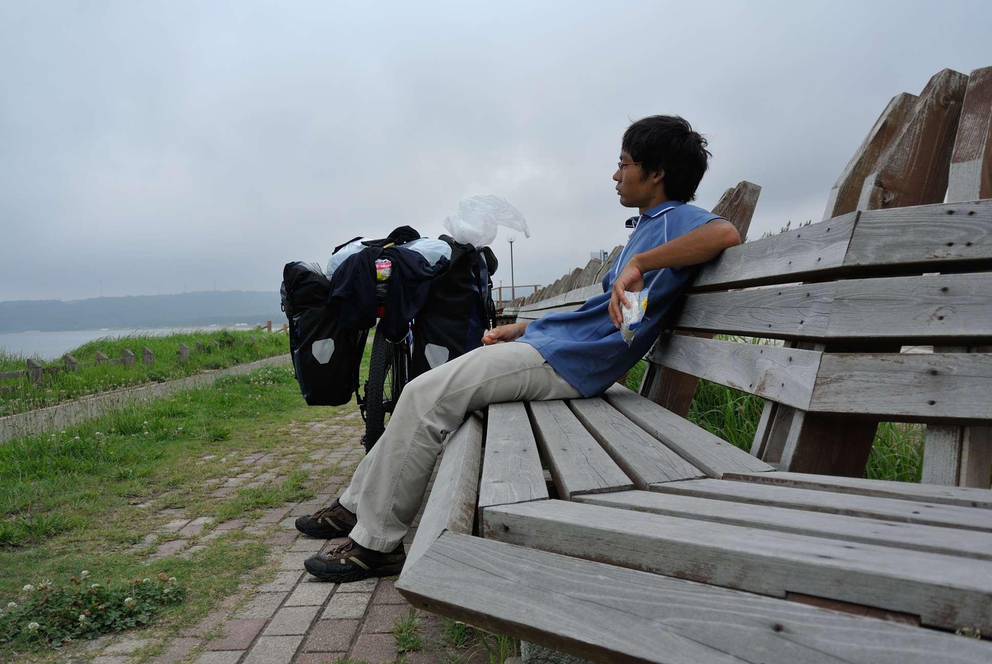 世界一長いベンチで記念撮影_テイク1