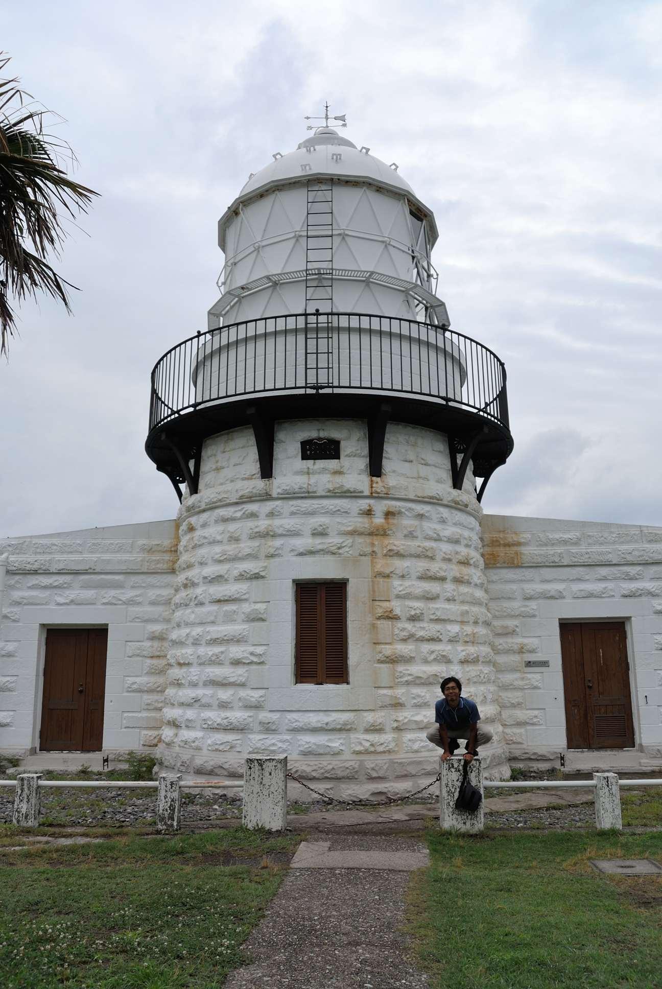 能登半島最先端の灯台で記念撮影