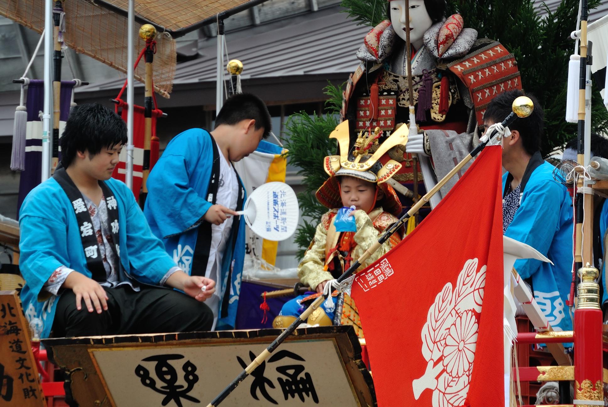 姥神大神宮の祭りは子供が主役1
