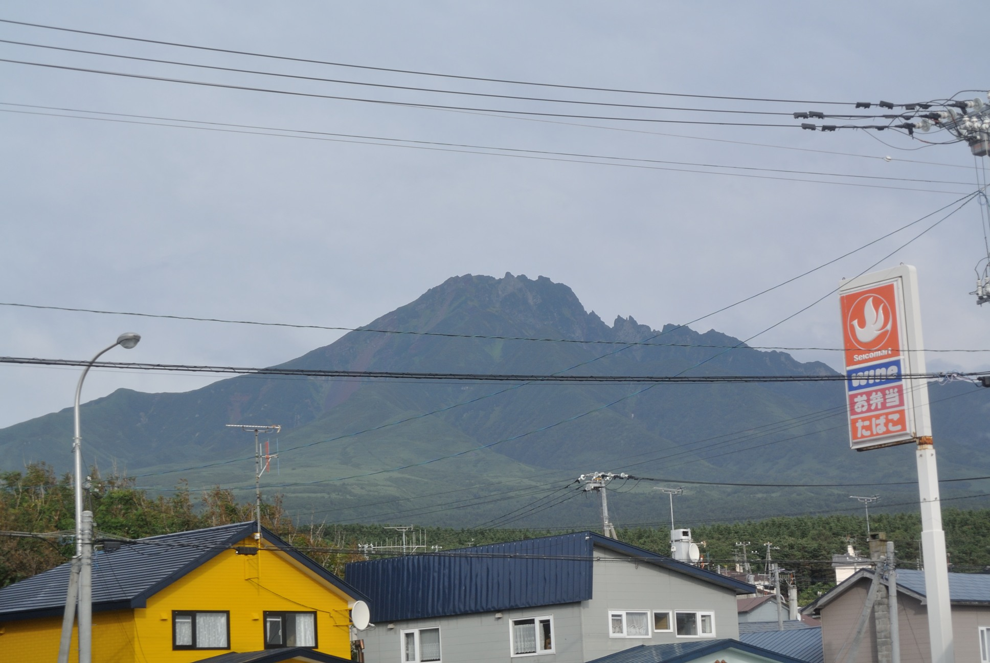 今日に限って利尻山が綺麗に見えてやがるぜ