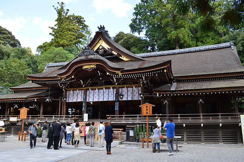 天皇皇后両陛下が古代の祟り神を祀る「大神神社」を参拝…これはいったい何を意味するのか
