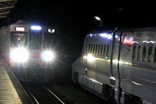 E6系新幹線と313系