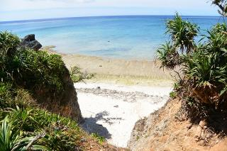 カギンミ浜(池間ロープ)