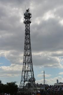 アンテナ鉄塔