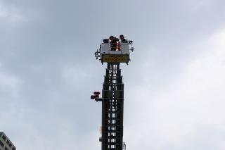 東消防署 南分署 南はしご車 はしご付消防ポンプ自動車 (40m)日野KL-PR4FPHF 艤装:モリタポンプ