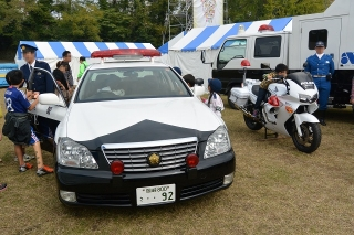 愛知県警 パトロールカー トヨタクラウン