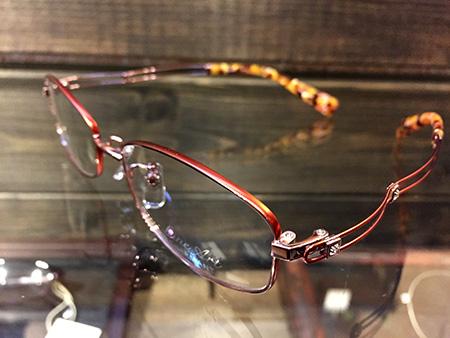 お洒落な おしゃれな 婦人用 レディース 大人っぽい 眼鏡 めがね 遠近両用 信頼出来る メガネ店 新潟 長岡 三条