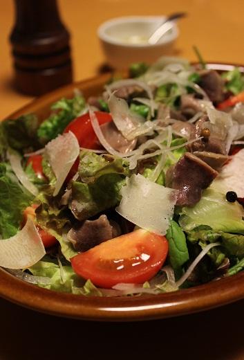 砂肝コンフィのサラダ