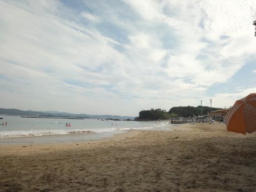 14海へ!ここ御座白浜海水浴場は、快水浴場百選にも選ばれただけあって・・・