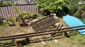 薪小屋屋根材
