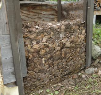 201308 堆肥の断面