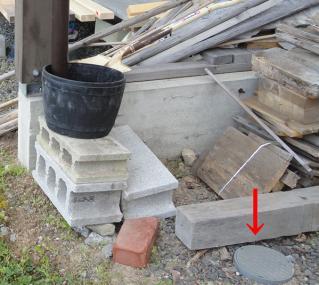雨水排水管のメンテ孔