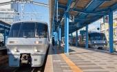 にちりん9号(右)きりしま13号(左・宮崎駅)