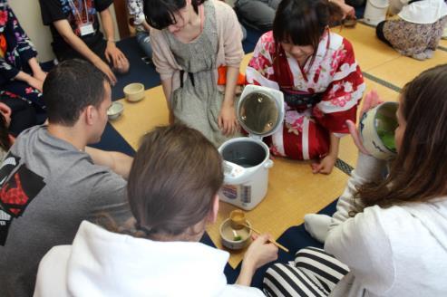留学生茶会