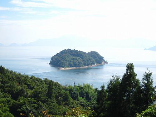 ハートに見える島