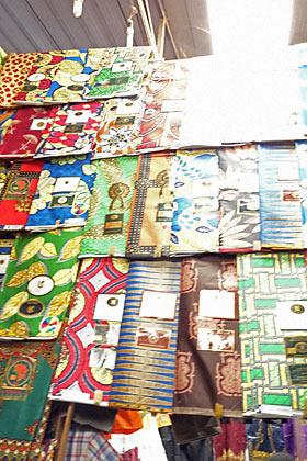 キミロンコマーケット、布屋