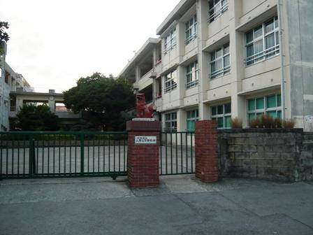 高縞:八重山高校