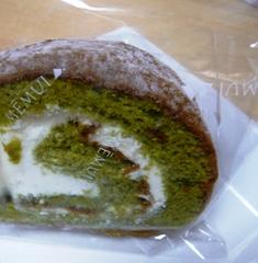 メームイジッチ:ユーグレナ入り蜂蜜抹茶ロールケーキ