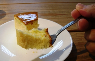 メームイ製菓大川店:チーズケーキ