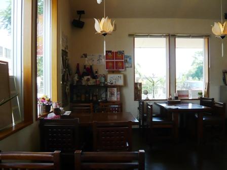 アムリタ食堂:店内1