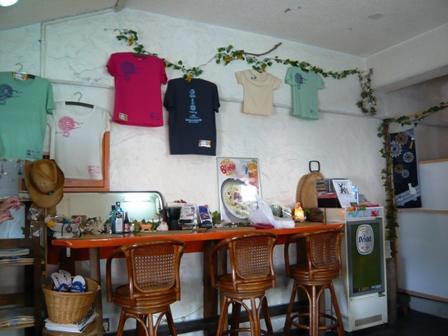 タコライスカフェ ビーチ:店内2