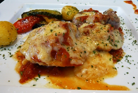 カフェモントゥ:豚ヒレ肉のトマトチーズ焼き2